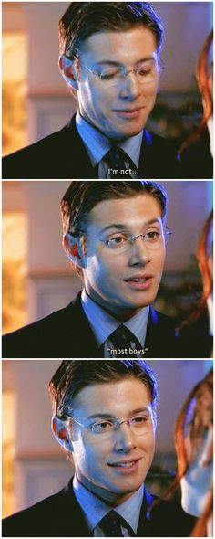 [gifset] Jensen as Alec McDowell in Dark Angel (S2) #Jensen... Oh we know, Jensen, we know!