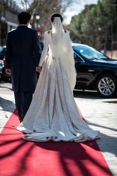 BEATRIZ-ALVARO-novias-beatriz-alvaro-alta-costura-madrid-vestidos-a-medida-atelier-novias