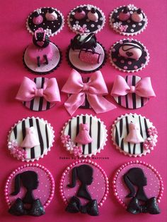Set Barbie cupcake/cookie toppers by CakesbyAngela on Etsy