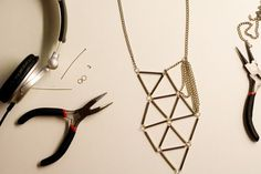 make your own geometric necklace