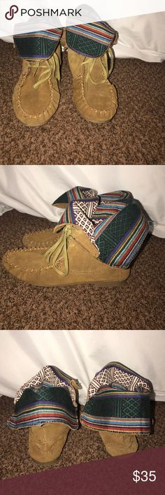 Steve Madden Tblanket boots Great condition! Only worn twice. Steve Madden moccasin boot that are stylish and comfortable! Steve Madden Shoes Ankle Boots & Booties