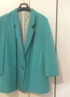 Compra il mio articolo su #vinted http://www.vinted.it/abbigliamento-da-donna/giacche-di-mezza-stagione/37886-giacca-vintage-anni-80-oversize