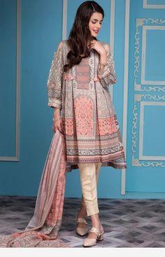 Beautiful Pakistani Dresses, Pakistani Formal Dresses, Dresses Elegant, Pakistani Fashion Casual, Stylish Dresses For Girls, Stylish Dress Designs, Indian Fashion Dresses, Pakistani Dress Design, Pakistani Outfits