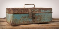 How to Restore That Rusted Old Toolbox
