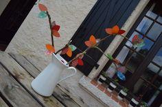 Ramas con hojas de papel de colores   Elenarte