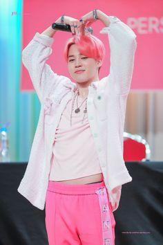 This is a Community where everyone can express their love for the Kpop group BTS Foto Bts, Bts Photo, Mochi, Jung Hoseok, Jimin Icons, Jimin Pink Hair, Park Jimim, Jimin Hot, Jimin Jungkook