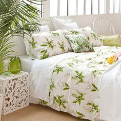 linge de lit vert d 39 eau linge de lit zara et linge. Black Bedroom Furniture Sets. Home Design Ideas