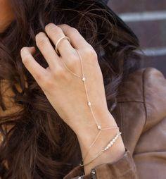 Ella Silver Handchain