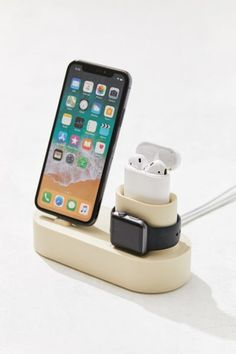 Fact: Your Best Friend Will Actually *Love* These Gifts 48 Best Friend Gifts for 2019 - Unique BFF Gift Ideas. Bff Gifts, Best Friend Gifts, Your Best Friend, Cute Gifts, Gifts For Friends, Geek Gifts, Funny Gifts, Cool Gadgets To Buy, Usb Hub