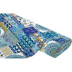 """Gobelin """"Orient Patch"""" dieser Stoff weckt Fernweh und verführt in 1001 Nacht. Die hochwertige, strapazierfähige Qualität eignet sich für robuste Taschen, aber auch zur individuellen Wohnraum-Gestaltung, z. B. Überwürfe, Kissen, Pouf usw., Farbe: blau-color, Größe Quadrat mit Paisley: 9 x 17 cm, Breite: 140 cm, Gewicht: ca. 370 g/m². Material: 60 % Polyester, 40 % Baumwolle."""