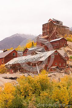 Wrangell St Elias Kennecott Mines Concentration Mill Alaska Wild Stock Image - Image of glacier, mountain: 60878219 Old Abandoned Houses, Abandoned Buildings, Abandoned Places, Pacific Coast Highway, Fantasy Setting, Travel Oklahoma, New York Travel, Virtual Tour, Thailand Travel