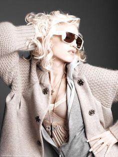Gwen Stefani...For listening his songs visit our Music Station http://music.stationdigital.com/ #Gwen Stefani