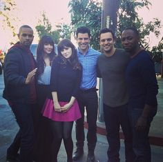 Zooey Deschanel / Jake johnson / Hannah Simone / New Girl