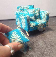 Armchair Modern Miniature Dolls House Furniture 1:12 Scale