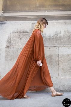 Summer Look : Paris Fashion Week FW 2015 Street Style: Veronika Heilbrunner Looks Street Style, Looks Style, Style Me, Street Style Inspiration, Inspiration Mode, Color Inspiration, Wedding Inspiration, Fashion Week, Look Fashion