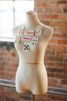 button escort card ideas