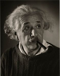 In Roman Vishniac photographed Albert Einstein at his office in Princeton. Einstein later declared the portraits among his favorites. Einstein, Modern Physics, Russian American, Theory Of Relativity, Physicist, New Jersey, Buddha Thoughts, Cultura Pop, Famous People
