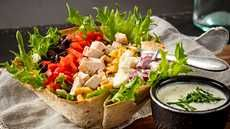 Fresh Rolls, Guacamole, Cobb Salad, Pesto, Tacos, Mexican, Ethnic Recipes, Food, Red Peppers