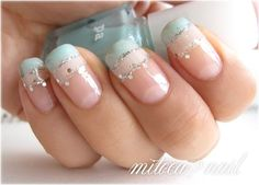 Simple nail color design