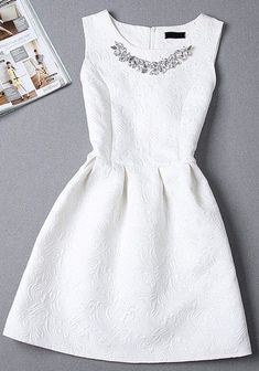28 Lovely Summer Bridal Shower Outfits | HappyWedd.com