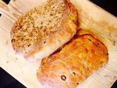 Goddelijk!   Pesto-olijfbrood.. Zo lekker bij hapjes of soep!