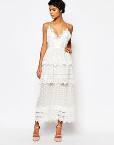 158c08dce90fa 20 Gorgeous Wedding Dresses You ll Actually Wear Again
