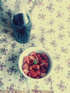 Salade de fraises au Pineau des Charentes et au basilic
