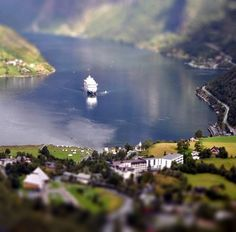 10 Extraordinary Tilt-Shift Photos