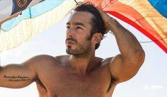 """Résultat de recherche d'images pour """"acteurs latino"""" Aaron Diaz, Images, Sumo, Wrestling, Sports, Swimwear, Actor, Search, Lucha Libre"""