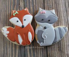 One cutter, two sweet designs!  Thanks @annclarkcookiecutters for a great product! #decoratedcookies #customcookies #woodland