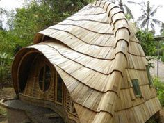 Building a Yurt Home two level | Tiny Natural Homes Around the World.