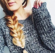 The only reason I want long hair is so that I can put it in braids Messy Hairstyles, Pretty Hairstyles, Cut Her Hair, Good Hair Day, Tips Belleza, Hair Dos, Gorgeous Hair, Hair Trends, Hair Inspiration