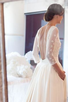 Open back wedding dress with long sleeves | Romantic Wedding Dresses | itakeyou.co.uk #weddingdress #bridalgown #bridaldress #wedidnggown #ballgown #romantic