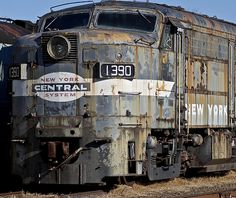 ~ Living a Beautiful Life ~ Abandoned locomotive # 1390 New York Central System Abandoned Train, Abandoned Buildings, Abandoned Houses, Abandoned Places, Abandoned Vehicles, Abandoned Ships, New York Central Railroad, Bonde, Old Trains