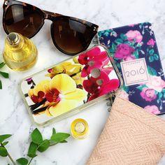 Flower Power! Etui na telefon w kwiatowe wzory. Więcej nba www.etuo.pl
