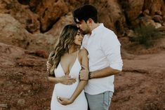 Oct 2018 - Melissa + Rich's maternity session at Papago Park in Phoenix turned into a surprise proposal! Maternity Dresses For Photoshoot, Maternity Pictures, Pregnancy Photos, Maternity Photography Poses, Maternity Session, Couple Maternity, Baby Girl Announcement, Pregnant Wedding, Pregnant Couple