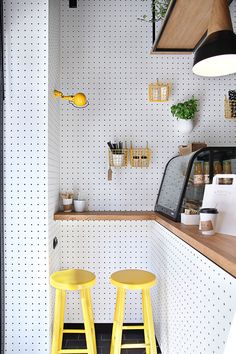 37 Astonishing Pegboard Design Ideas For All Your Needs To Try Asap - Pegboard is a great material for keeping tools, accessories, gadgets and other supplies handy and well-organized. Because you can customize a pegboard. Coffee Shop Design, Cafe Design, Interior Design, Rental Bathroom, Bathroom Ideas, Stylish Kitchen, Cuisines Design, Restaurant Design, Design Hotel