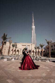 Dubai Prenup / Prewedding with Burj Khalifa by Glenn Richie Photos and Films Romantic Photos, Most Romantic, Pre Wedding Photoshoot, Photoshoot Ideas, Best Places In Dubai, 30th Birthday, Birthday Ideas, Life Goals List, Wedding Photography And Videography