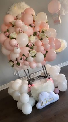 Holiday Parties 648870258799346762 - Delicate pink balls composition from Source by Hot Air Balloon Cake, Diy Hot Air Balloons, Pink Balloons, Baby Shower Balloons, Balloon Arch Diy, Balloon Balloon, Jumbo Balloons, Its A Girl Balloons, Ballon Decorations