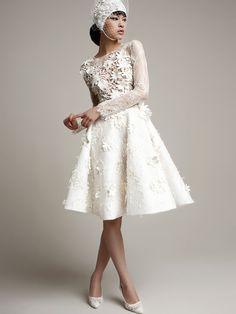 YolanCris | Vestidos de novia modernos para novias con un estilo único.
