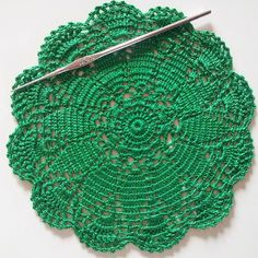 #throwbackthursday This doily is an early(seventies) crochet project with thin thread and hook 1 (us12)!!! My fingers could never do anything like this today! #virkning #hekling #pyssel #crocheting #instacrochet #craftastherapy #spoonie #tbt#retrodesign#green by anette.rosemarie