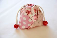 Mini string pouch