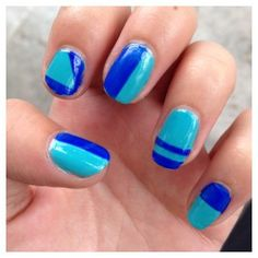 Complètement (striping) tapée #nails #nailart #nailstorming