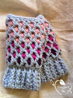 かぎ針編みのハンドウォーマー Crochet fingerless gloves