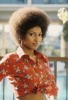 In the early 1970s, actress Pam Grier starting rocking a gorgeous, full Afro that became her signature look.