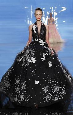 Reem Acra | If only I had enough to buy this... and somewhere to wear it!