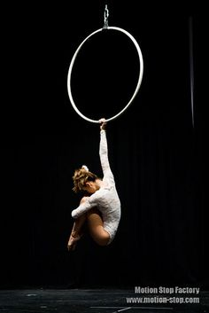 Learn How To Pole Dance From Home With Amber's Pole Dancing Course. Why Pay More For Pricy Pole Dance Schools? Aerial Hoop, Lyra Aerial, Aerial Hammock, Aerial Acrobatics, Aerial Dance, Aerial Arts, Aerial Silks, Wild Is The Wind, Circus Art