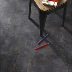 hello-carrelages-sol-pvc-beton-gerflor                                                                                                                                                                                 Plus Basement Laundry, Basement Stairs, Vynil, Basement Flooring Options, Sol Pvc, Home Staging, Decoration, Tile Floor, Flooring Tiles