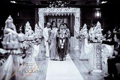 Tamil wedding bride, London ceremony.