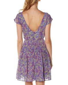 Love the back of this dress :)
